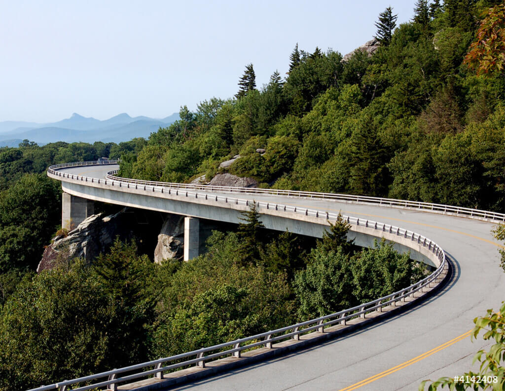 linn-cove-viaduct-summer-1